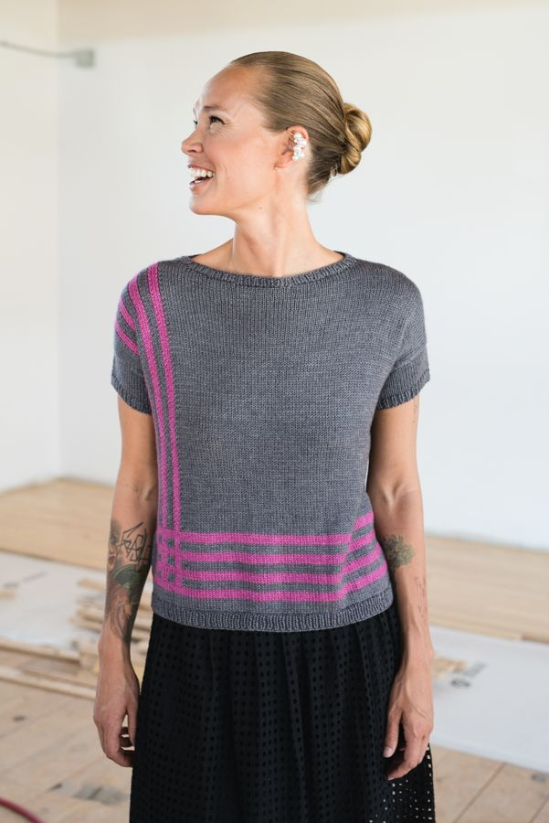 If you like the intarsia technique, then you'll LOVE this intarsia knitting pattern that makes a one-of-a-kind, striking tee.
