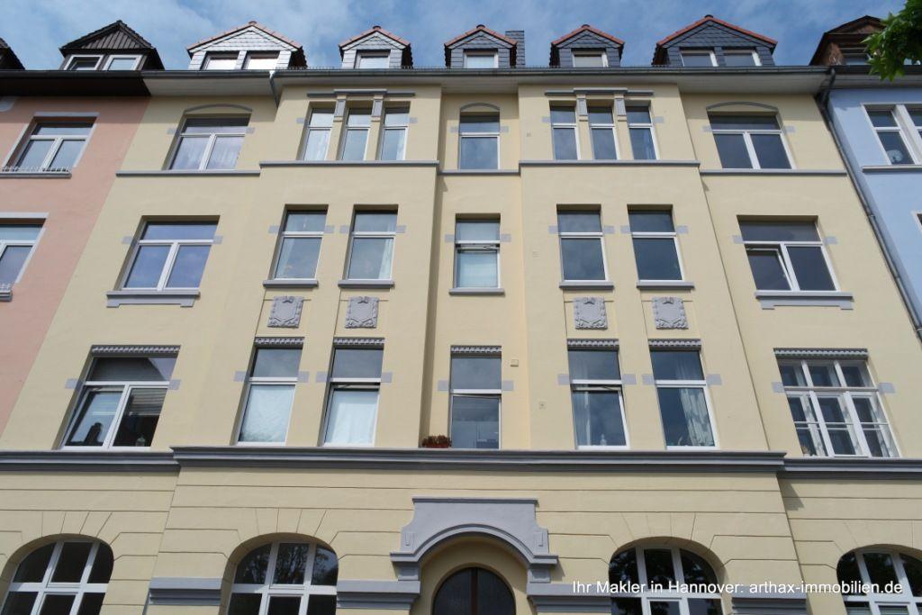 Renovierte Gründezeitfassade. Altbauwohnung, Wohnung