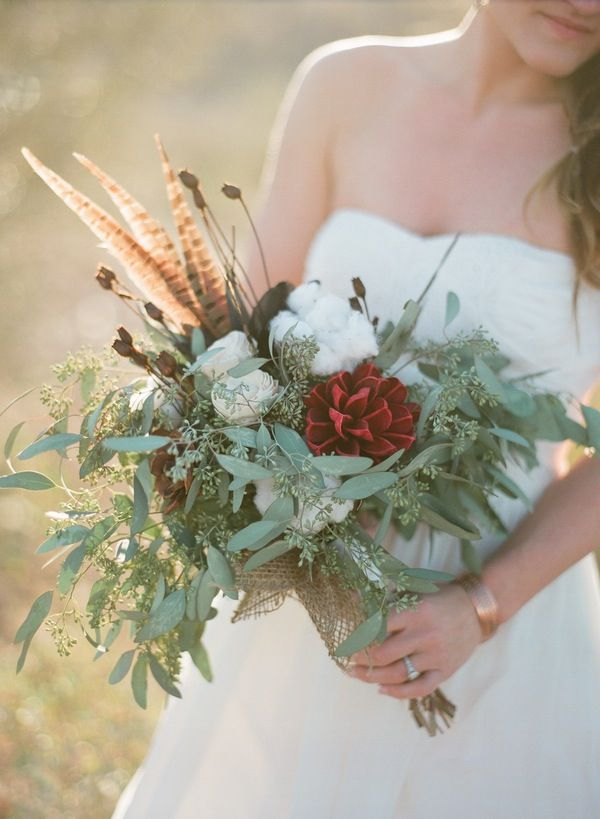 I absolutely LOVE this unique bouquet!     There are so many different textures & elements to it including fluffy cotton & tall, stripy feathers (pheasant I think?)