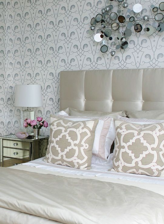 Charmant Suzie: Vogue   Aline Cho   Gorgeous Metallic Bedroom With Silver Wallpaper,  Curtis Jere .