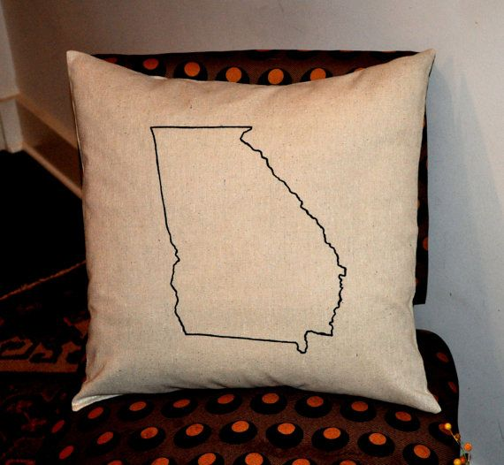 Make string art, fun throw pillows for the couch, distressed vintage signs, and some super thoughtful DIY gift ideas for Christmas. These DIY state crafts are an excellent idea if you are looking for the best crafts to make and sell, too.