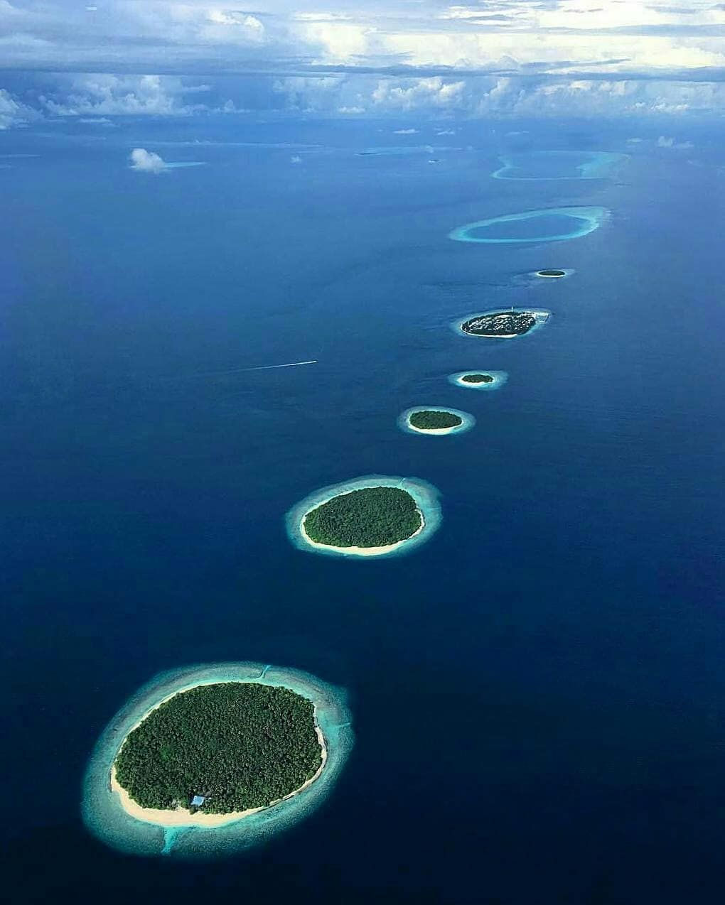 The Maldives Islands #Maldives Photo @nati.ko #blue