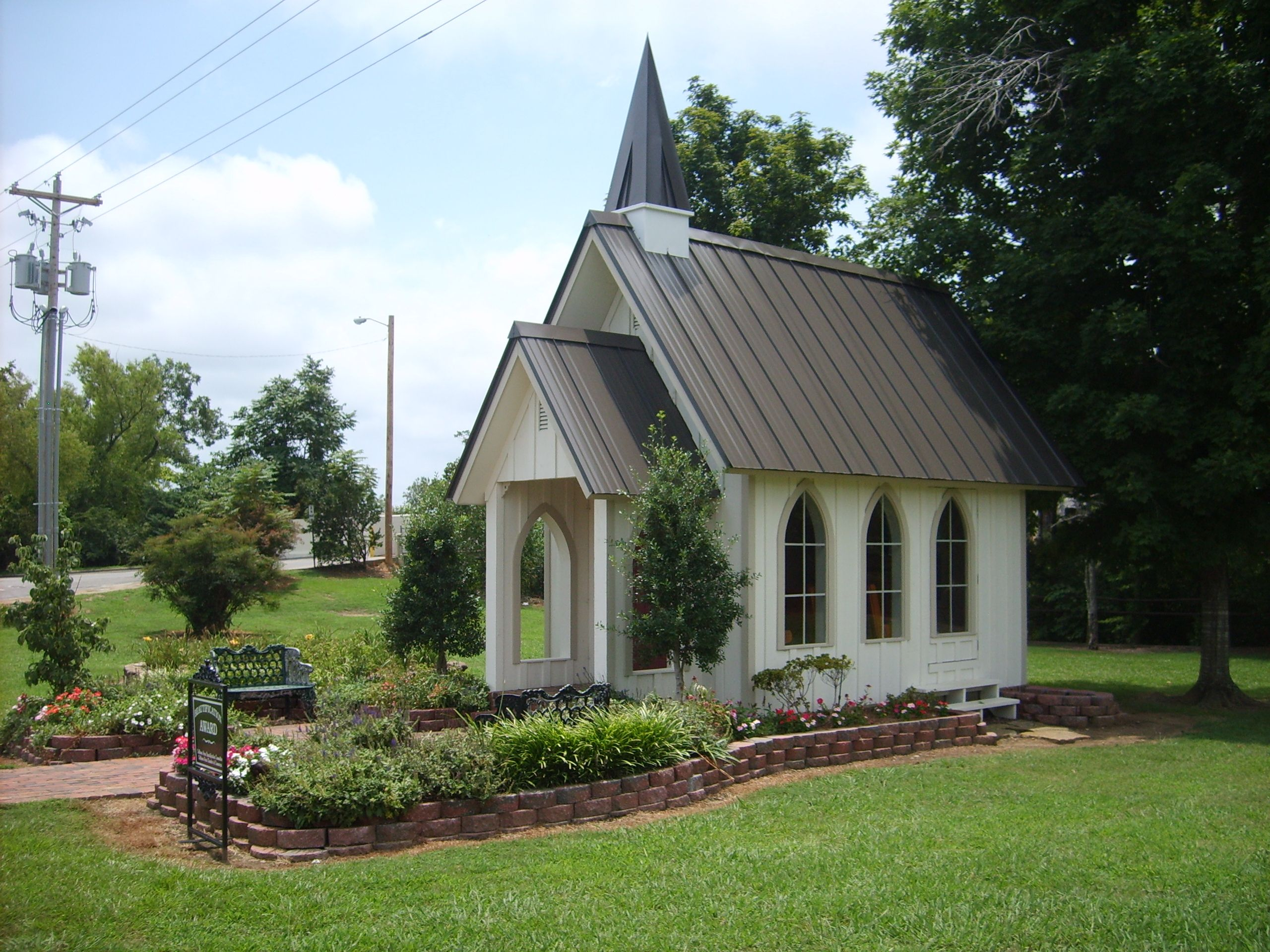 the chapel is at 419 1st avenue southeast cullman alabama and is open to