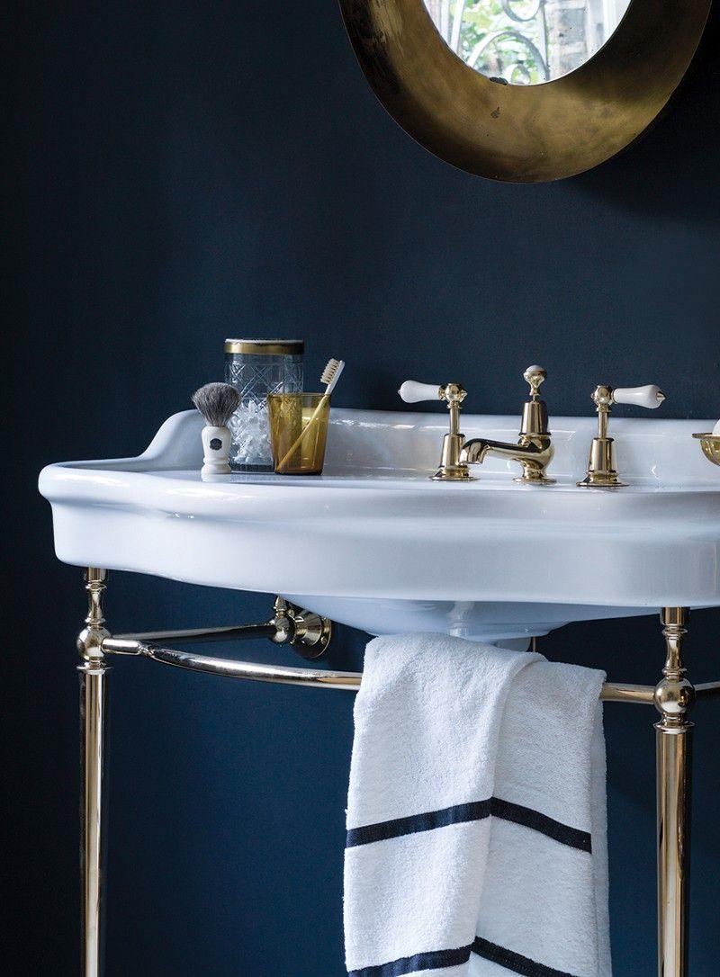 The Empress Basin On Pedestal Basin Round Mirror Bathroom