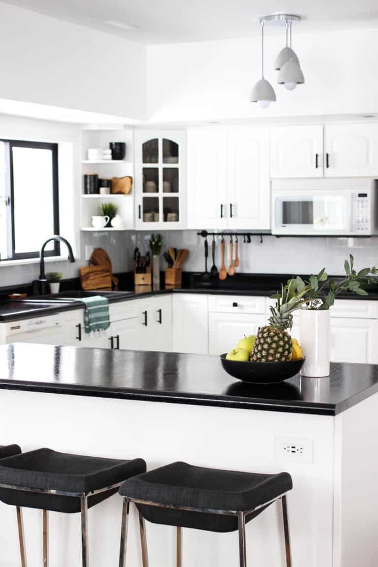 Wow This Stunning Modern Kitchen Was Transformed In Just One