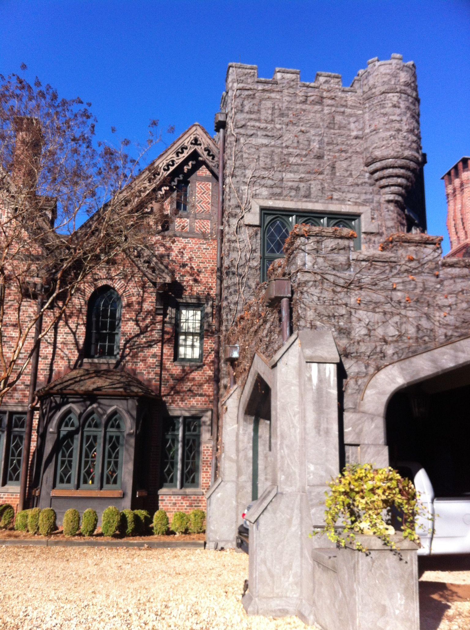 Bisham Manor In Lagrange Ga A Hidden Gem That Vintageenglishteacup Loves Mansions Manor House Styles