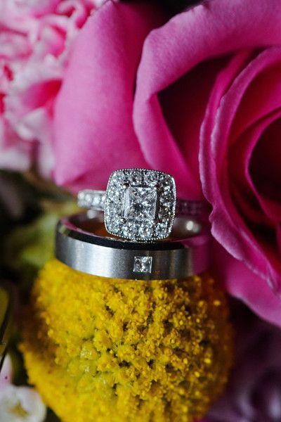 ♥ #Capri #Jewelers #Arizona ~ www.caprijewelersaz.com  ♥ Bling, bling! Stunning #engagementring {Pure Sugar Studios}