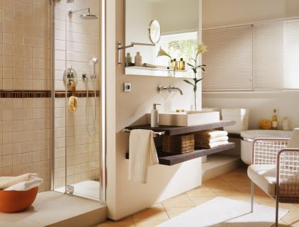 Großes Badezimmer wird wohnlich - Badezimmer - [SCHÖNER ...