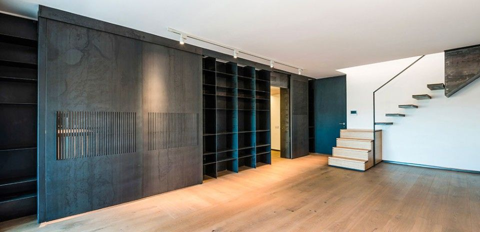 Lighting Basement Washroom Stairs: Designed By Studio NA3 In Rome, This Apartment Features A