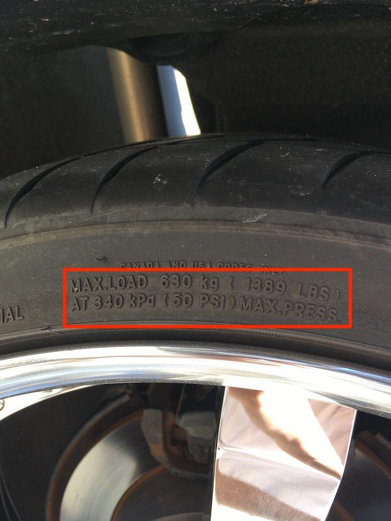 空気圧 計算 タイヤ