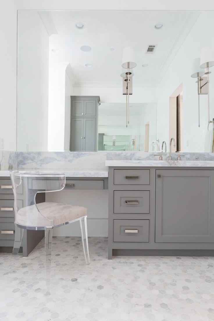 Lucite Stuhle Und Tisch Badezimmer Design Waschbeckenunterschrank Badezimmer Stuhl