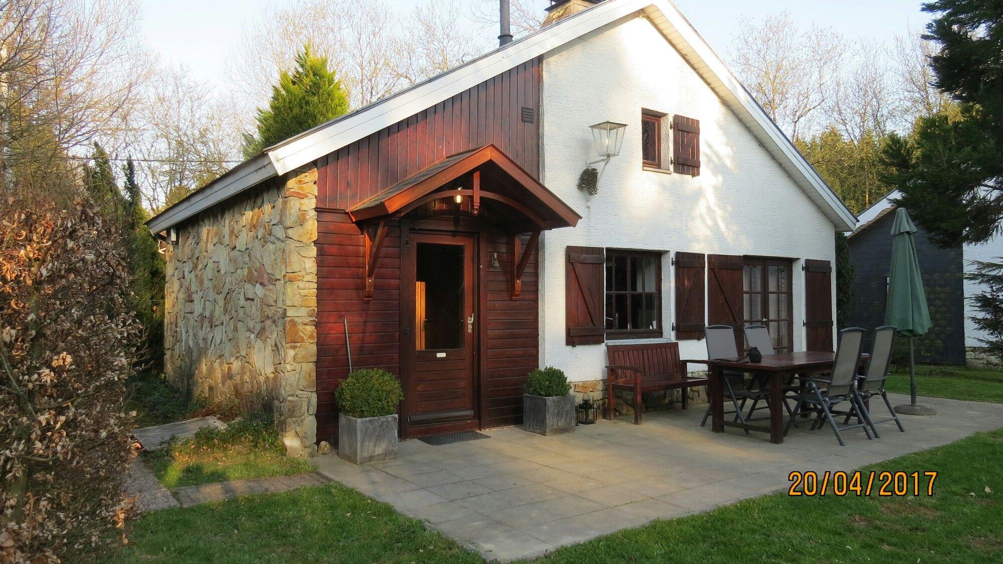Prachtig gelegen vakantiehuis met groot terras op de zon en fijne tuin