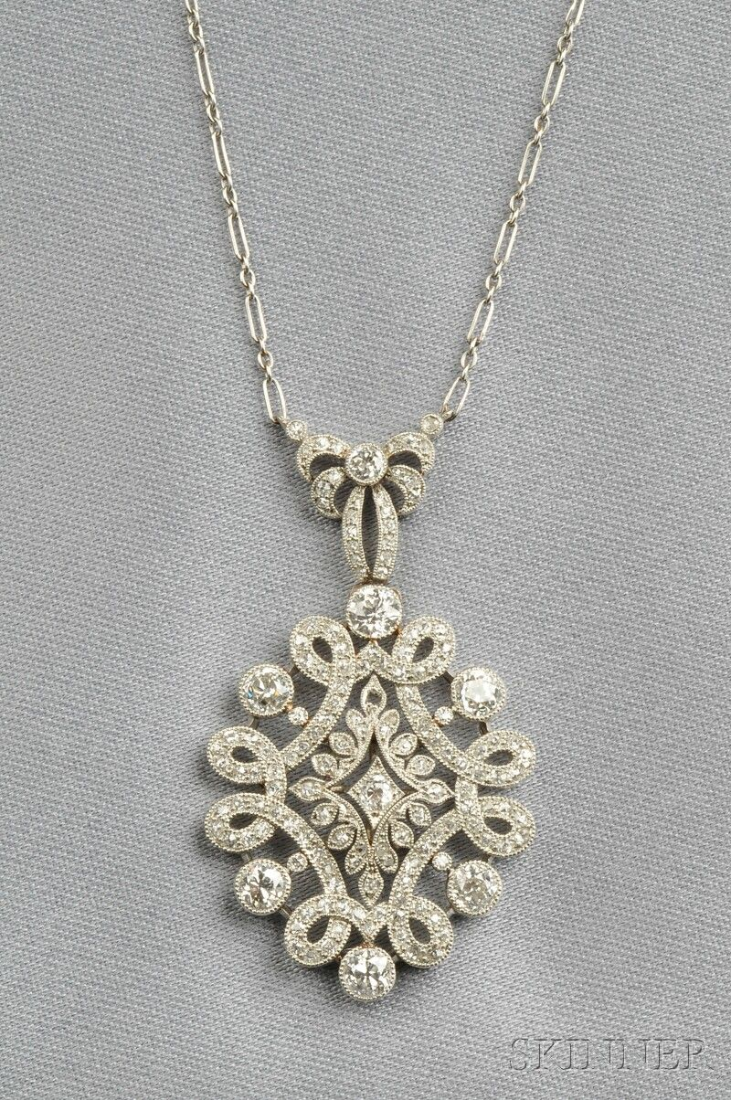 Art deco platinum and diamond pendant france set with old european