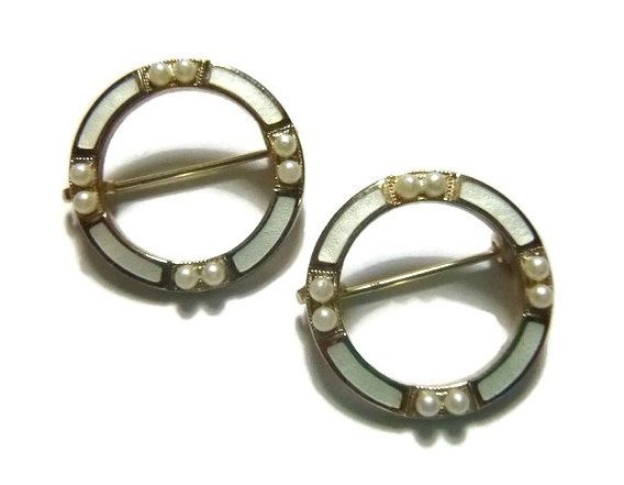 Art Deco Scatter Brooch Set, Circle Wedding Brooch Pin, Vintage Guilloche Enamel Brooch, White Seed Pearl, 20s Flapper Bride Wedding Jewelry
