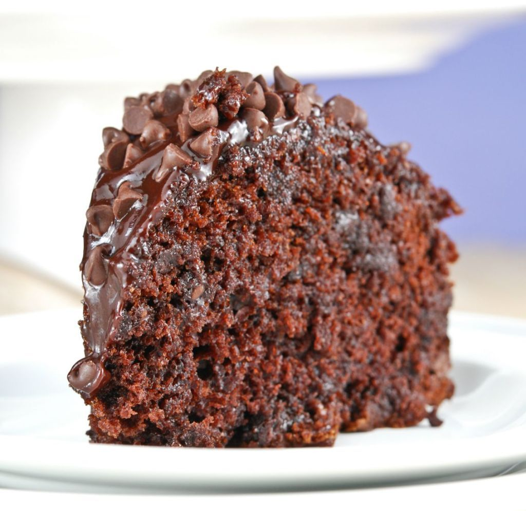 Chocolate chip cake with chocolate ganache with images