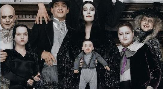 I Want To Be Morticia And Gomez Addams My Future Cosplay In 2019