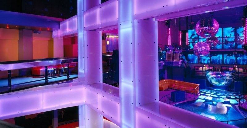 1000+ images about Decor | NightClub on Pinterest | Dance floors ...