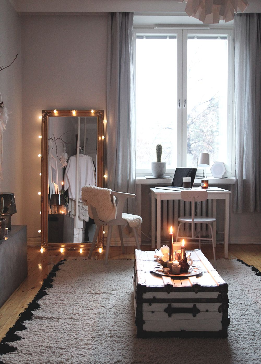 Love The Mirror Idea