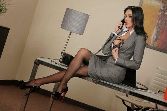 secretary calls