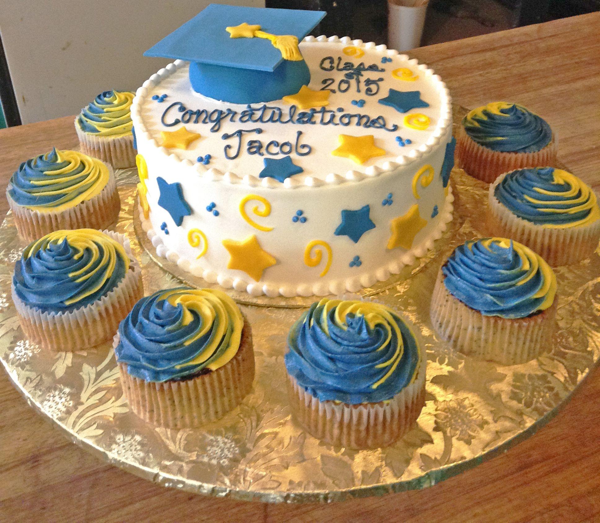 Graduation Cap Cake, With Matching Cupcakes!