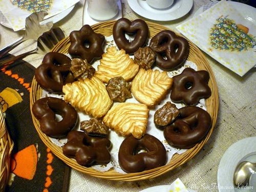 traditional german christmas cake german christmas food christmas dishes christmas cookies christmas popcorn