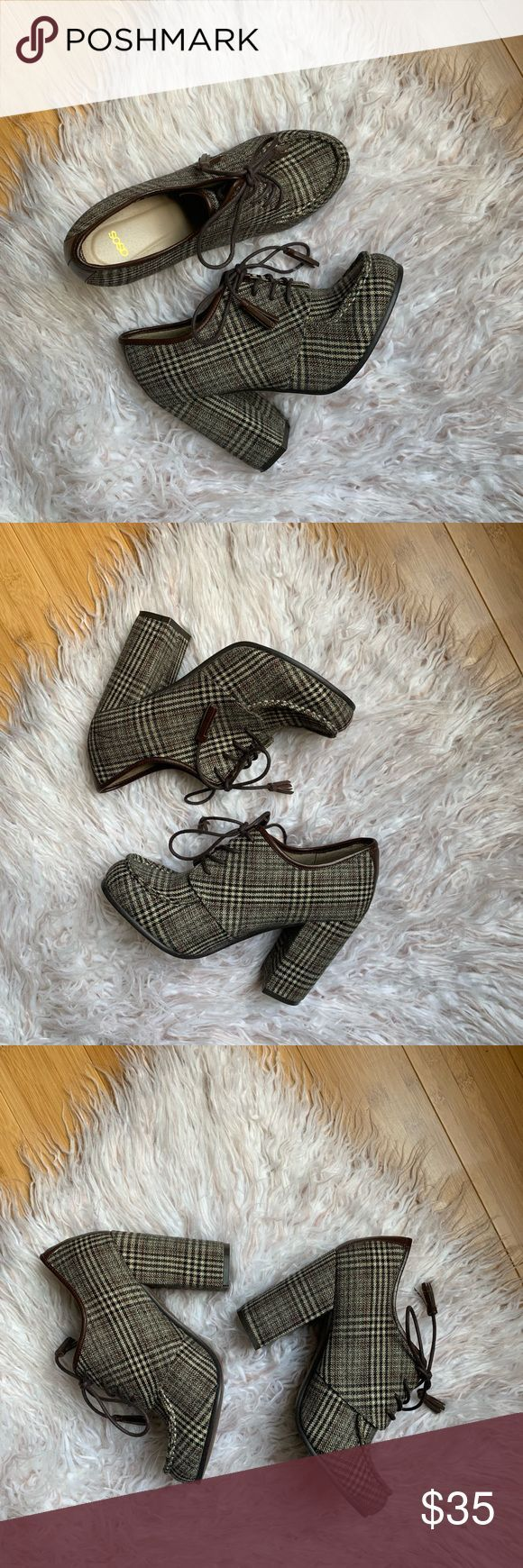 ASOS Plaid Lace Up Tassel Oxford chunky heel boot Good pre owned condition wore ASOS Plaid Lace Up Tassel Oxford chunky heel boot Good pre owned condition wore