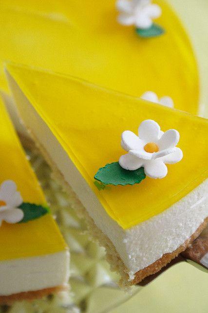 Lemon & Saffron Cheesecake by palachinka, via Flickr
