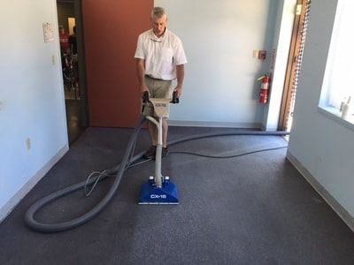 Cleaning Tip From Alpine Cleaners To Keep A Long Lasting Carpet How To Clean Carpet Professional Carpet Cleaning Carpet Steam