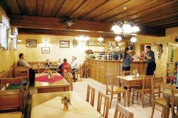 Restaurace v penzion Slunečnice ve Špindlerově mlýně v Krkonoších. Nechte si chutnat: http://www.region-krkonose.cz/ubytovani/spindleruv-mlyn/penzion-slunecnice/