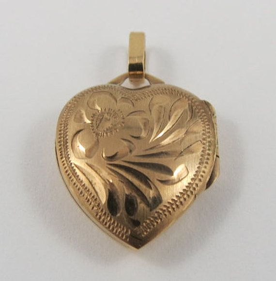 This Is A Vintage Mechanical Heart Shaped Locket 10 Karat Gold Charm For A Charm Bracelet The Heart Locket Has A Floral Design Heart Locket Gold Charm Locket