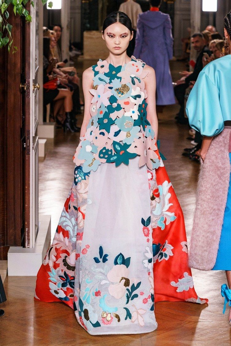 Valentino Herbst Winter 2019 2020 Haute Couture Kollektion Em