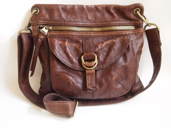 e94ce4b24362 FOSSIL Vintage SASHA Saddle Brown Tan Leather Crossbody Bag Messenger Purse  Tote  Fossil  MessengerCrossBody