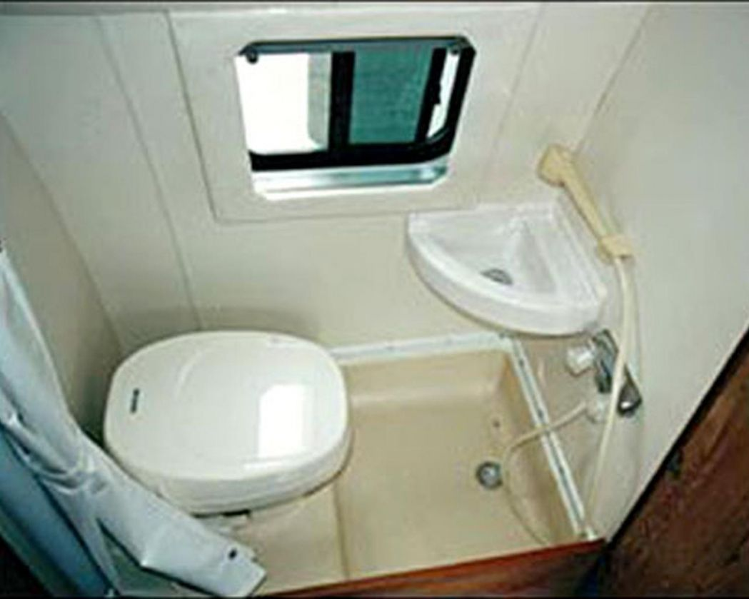 Sink And Toilet Combo Shower Sink Combo Designs Interior Design 19 Walk In Shower