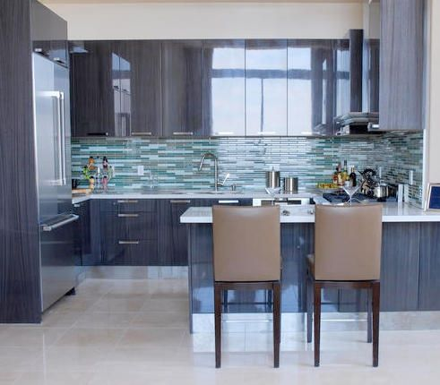 Que me dicen de las salpicaderas es el punto focal en for Cocinas pequenas para apartamentos tipo estudio