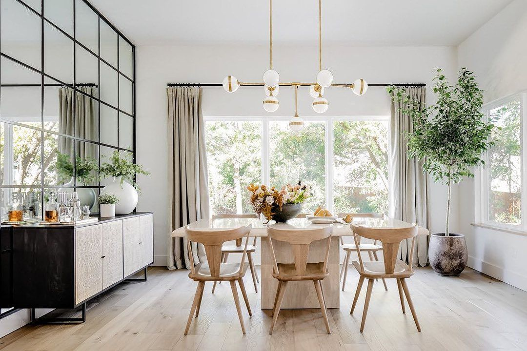 Kelseyleighdesignco Shared A Photo On Instagram If I Had To Choose A Favorite Element Of Our Dini Mirror Dining Room Dining Room Mirror Wall Interior Design