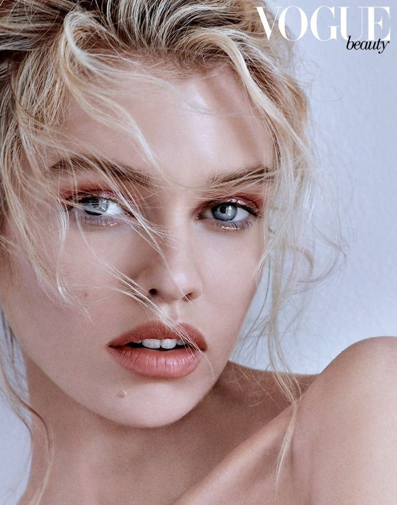 Photo of Stella Maxwell Wears On-Trend Beauty for Vogue Taiwan