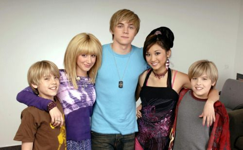 Jesse McCartney with the cast of Suite Life of Zack \u0026 Cody