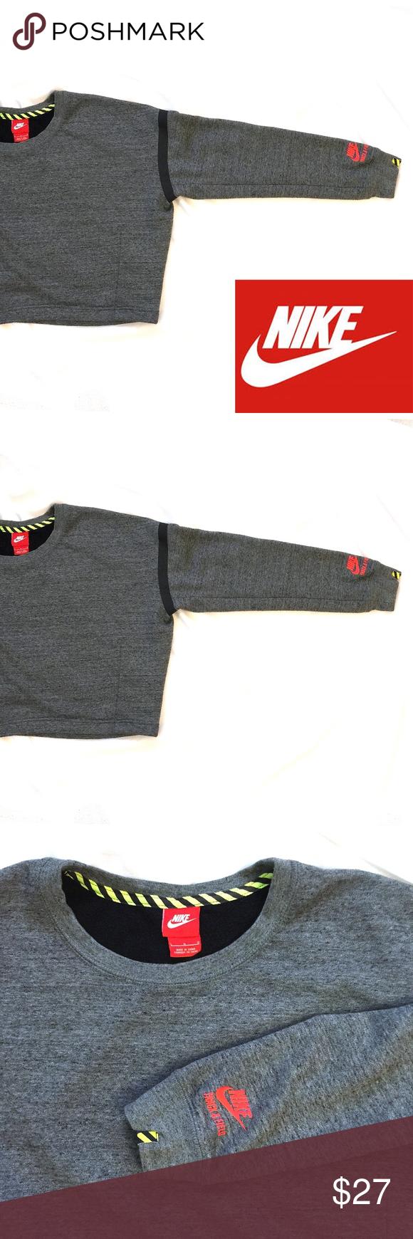f17d9f5a65d4 Nike Track   Field Crop Crew Sweatshirt