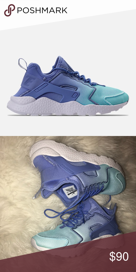 new concept 3b011 69149 Nike Huaraches Worn once Cute ombré blue color Size 9 Make an Offer Nike  Shoes Sneakers