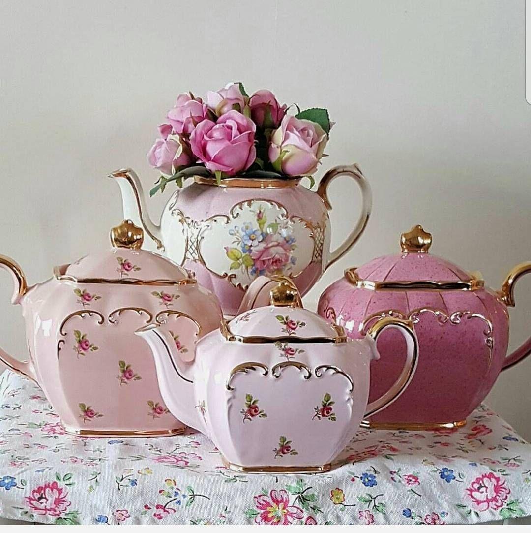 Pretty pink Sadler teapots...💖💖 (With images) | Tea pots, Pink tea,  Vintage tea