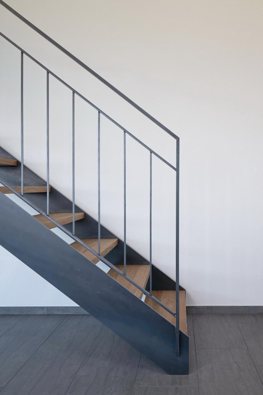 Staketengeländer schlicht   Treppen design, Handlauf, Haus design