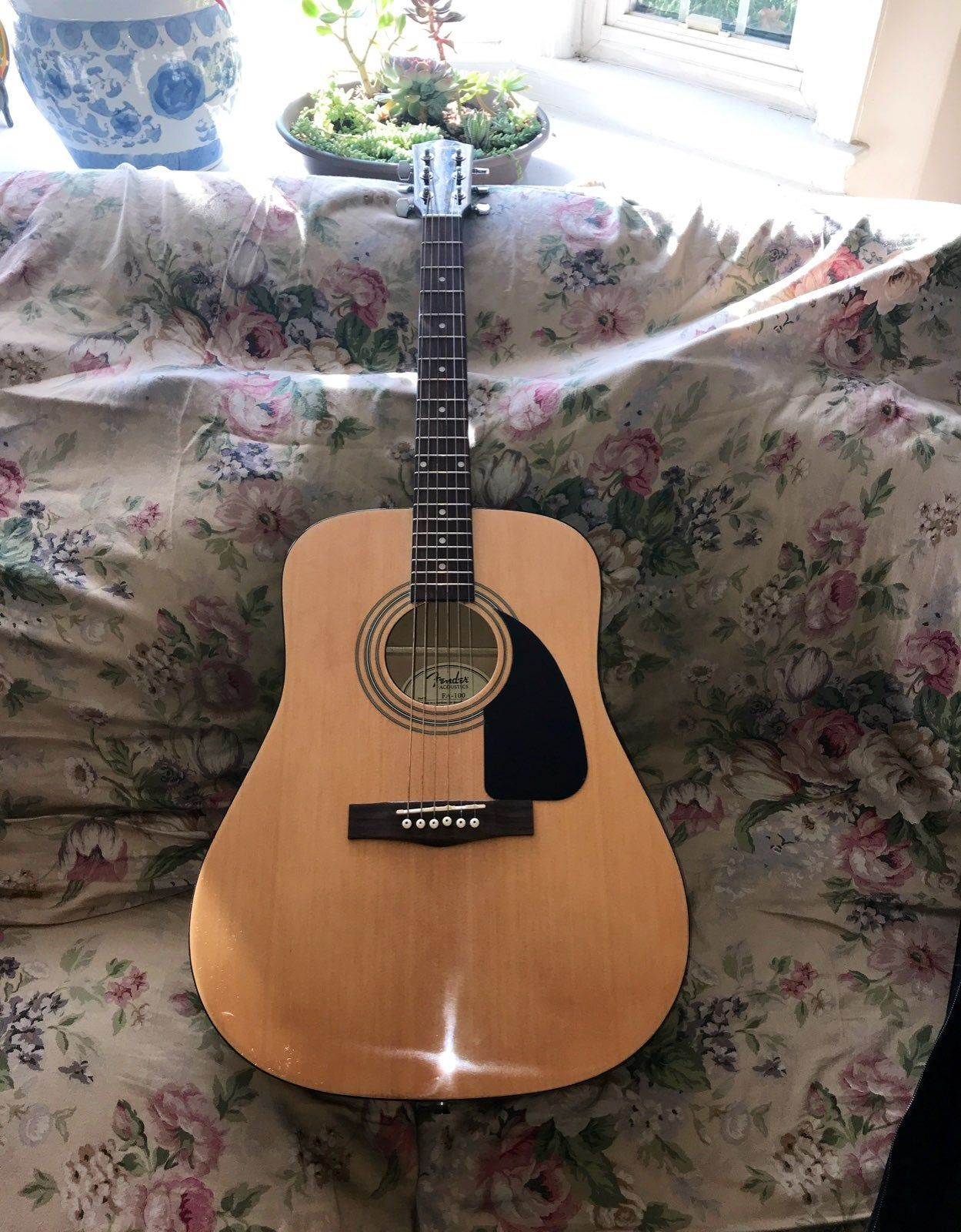 A New Fender Acoustic Guitar It Was Never Used Sounds Great As Well Fender Acoustic Guitar Fender Acoustic Guitar