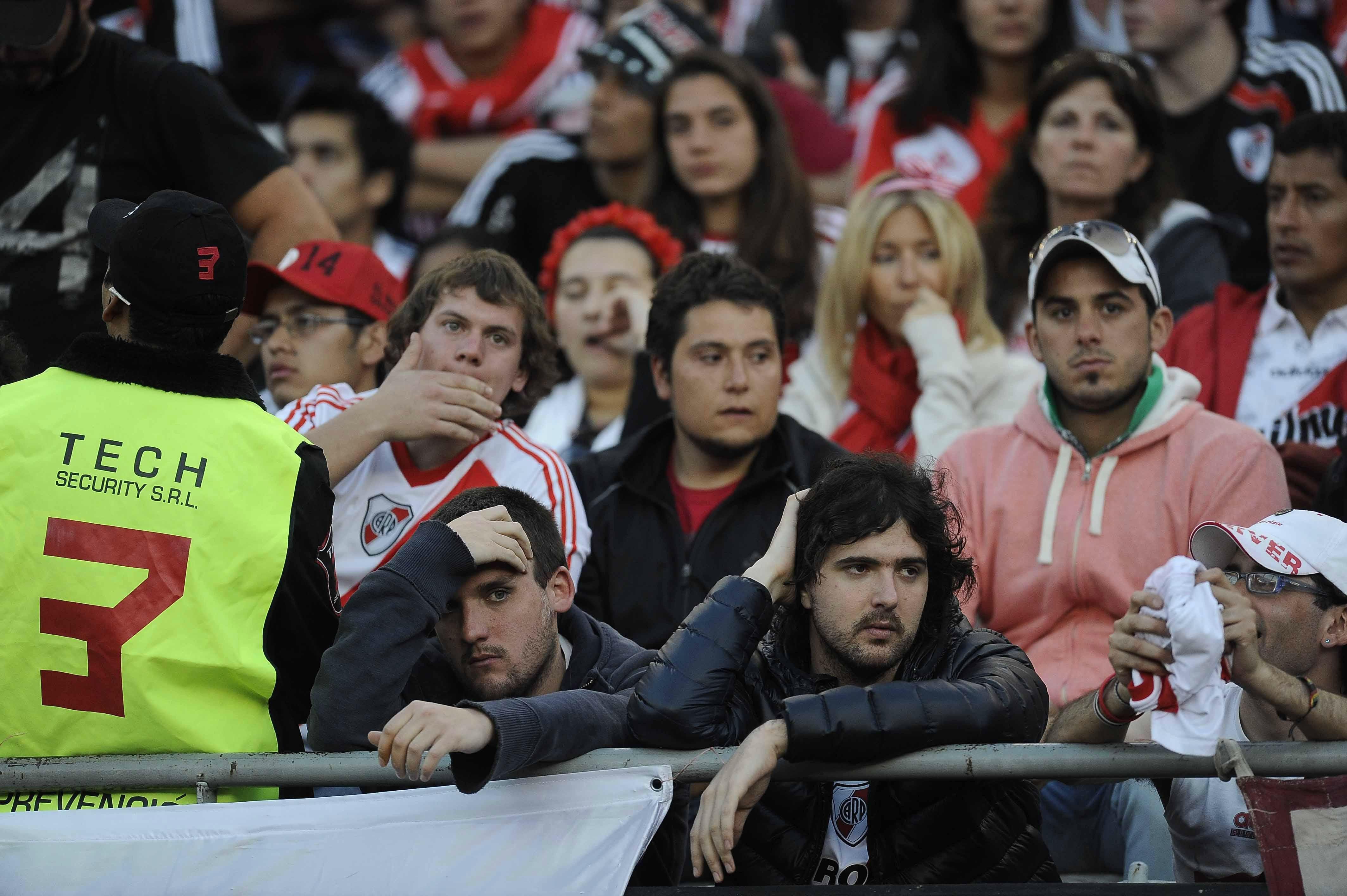 #Superclasico: Boca se impuso ante River en el Monumental y todos los protagonistas dejaron su sello. Mirá la galería con las mejores fotos del partido más importante del fútbol argentino http://www.diariopopular.com.ar/c171280