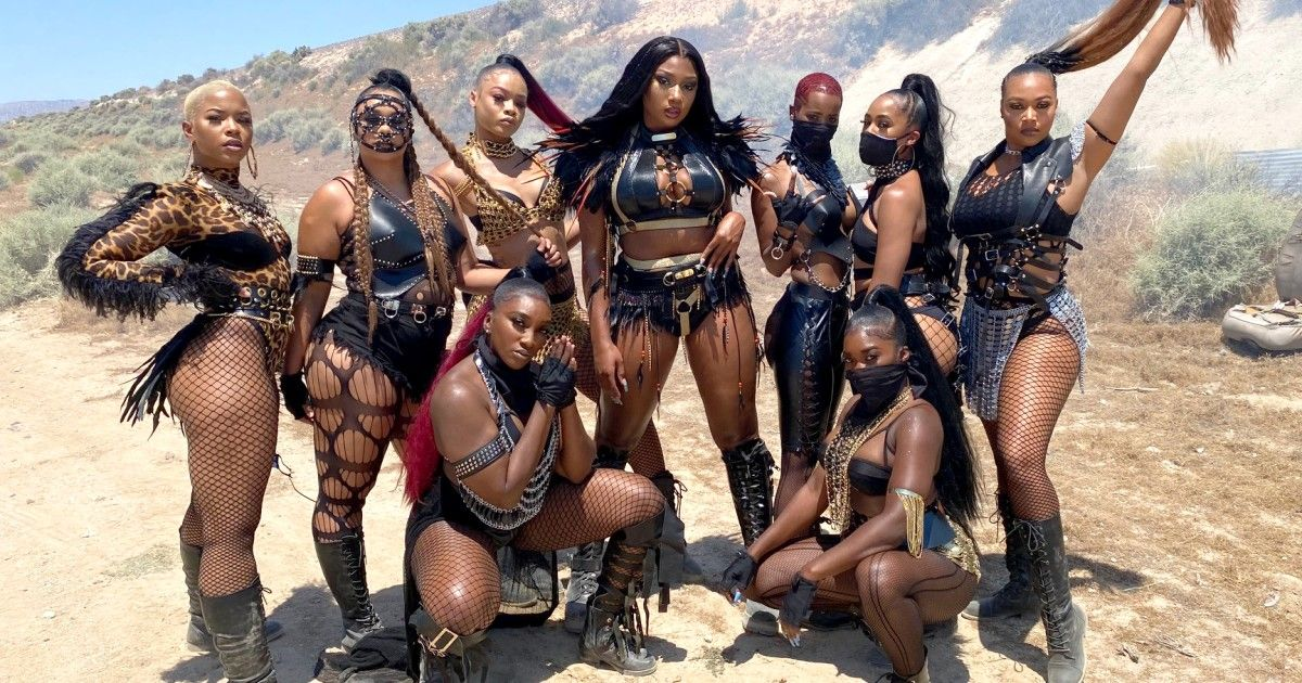Designer Behind Megan Thee Stallion S Looks Is Pushing For More Seats At The Table In 2020 Stallion Los Angeles Style Los Angeles Design