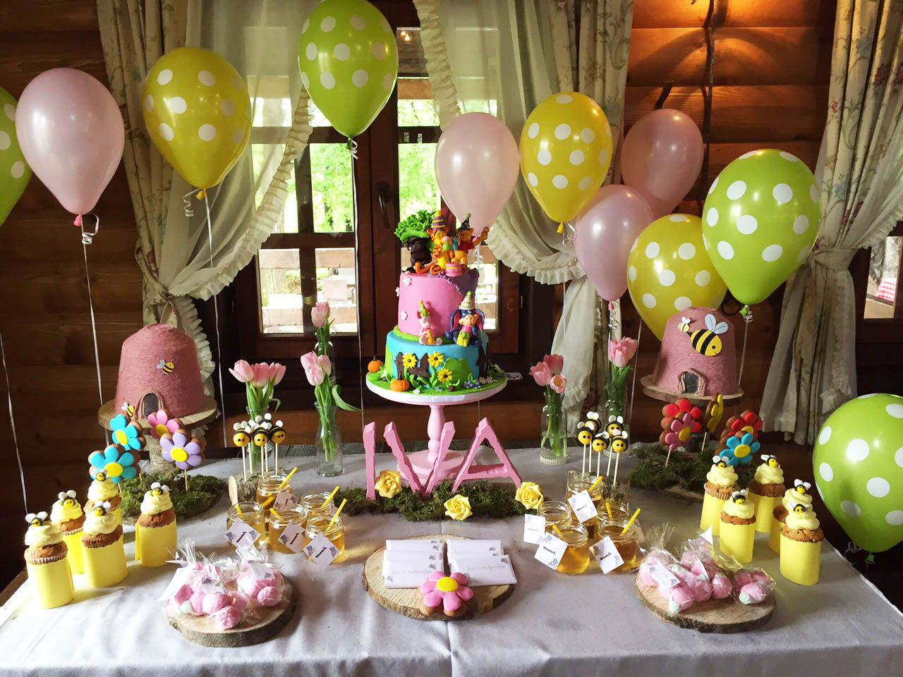 Winnie The Pooh Birthday Themed Party Sweet Table Winnie