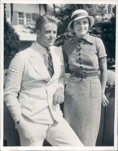 1933 Press Photo President's Son Elliott Roosevelt with ...   Elliott Roosevelt Son Of Fdr
