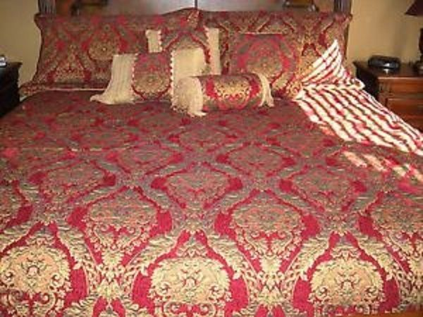 Croscill Imperial King Comforter Set With Two Shams. Very