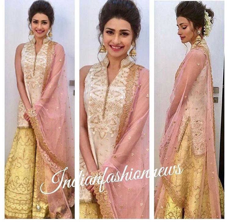 Pin von Akanksha Singh (Sharma) auf Ladies Fashion | Pinterest