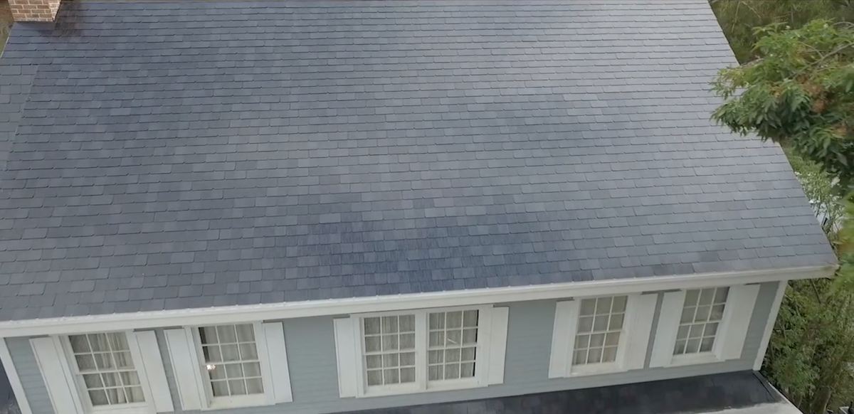 Everything You Need To Know About Tesla S Solar Roof That S Using New Glass Technology Best Solar Panels Solar Roof Solar Panels