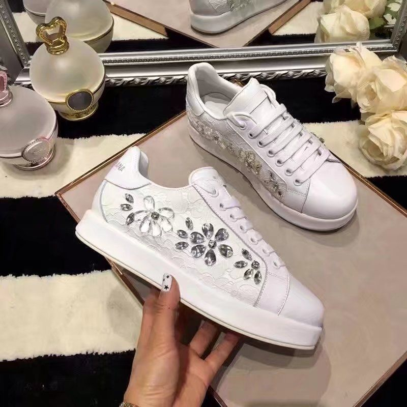 f2585509dad5 Replica Dolce   Gabbana LEATHER AND LACE SNEAKERS WITH JEWELED APPLIQUÉS  2017 Sale Size 35-40 ID 32973